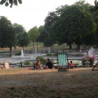 Знакомьтесь ! Это Лондон ! Пикник в  парке. :: Виталий Селиванов