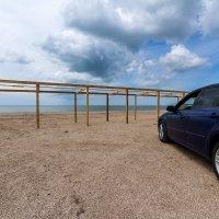 Море, пляж, автомобиль :: Алексей Лейба