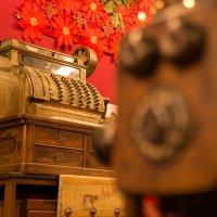 Интерьер магазина в доме с балконом Оротавы :: Bogdan Snegureac