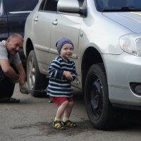 Крутну-ка гаечку,пока дед не видит! :: A. SMIRNOV