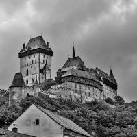 Чехия. А над Карлштейном нелетная погода :: Андрей Левин