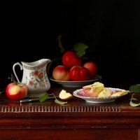 С  яблочками :: Наталья Казанцева