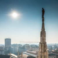 На крыше Миланского собора :: Наталия