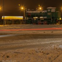 Паровозик на вокзальной площади. :: Виктор Евстратов