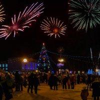 Открытие Новогодней ёлки на пл.Юности. :: Виктор Иванович