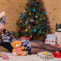 Подарок под ёлкой 3 :: Алексей Корепин