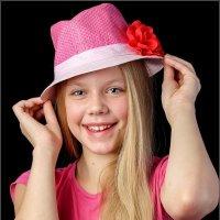 Девочка в шляпе :: СэрЖ По