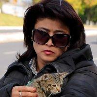Дама с кисенышем :: Светлана