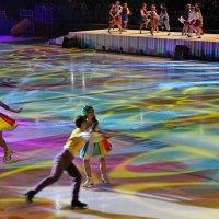 Желаю всем новых, ярких впечатлений и открытий в наступающим году! :: Vladimir Semenchukov