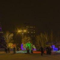 Весело, весело встретим Новый год. Ижевск – город в котором я живу! :: Владимир Максимов