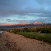 Горы в лучах заката :: GalLinna Ерошенко
