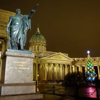 У памятника Кутузову... :: Sergey Gordoff