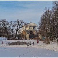 Зимние прогулки в Екатерининском парке. :: Олег Бабурин