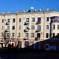 Будинок на розі :: Степан Карачко