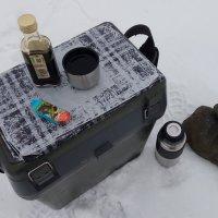 Новогодний завтрак рыбака :: Александр Алексеев