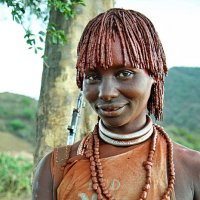 Девушка из племени Хамер :: Евгений Печенин