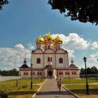 На пути к Собору Иверской Иконы Божией Матери... :: Sergey Gordoff