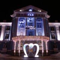 Праздничный фасад :: Владимир Звягин