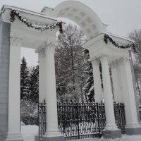 Ворота в Коломенский парк. :: Ольга Кривых