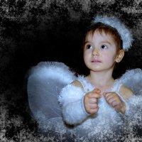Рождественский ангелочек. :: Наталья Юрова