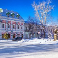 историческое здание :: Людмила Н