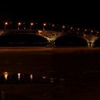 Саратов. Мост через Волгу :: Андрей Щинов