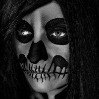 Black Black Heart :: Kristian-V VVVVVV