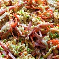 А не откушать ли салатику с кальмарами? :: Андрей Заломленков