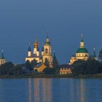 Под небом голубым есть город золотой... :: Сергей Цветков