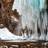 Зимний водопад. :: Евгений Мезенцев