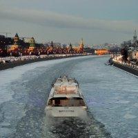 По зимней Москве-реке :: Olcen - Ольга Лён