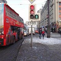 А может на автобусе посмотреть город? :: Лара ***
