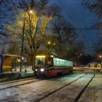 А рельсы, словно нити Ариадны, из тупика ведут трамвай к тебе… :: Ирина Данилова