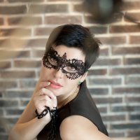 Не снимая масок... :: Лидия Ханова