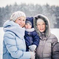 с мамой и бабушкой :: Виктория Гринева