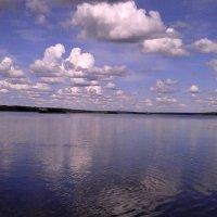 Облака любуются собой :: Svetlana Lyaxovich