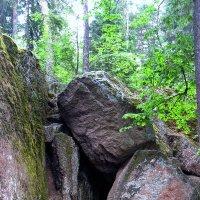 Грот с нависающим камнем - Грот Желаний :: Елена Павлова (Смолова)