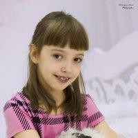 девочка с кроликом :: Дарья Мелентьева