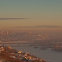 Город Уфа в морозной дымке январского заката :: Сергей Тагиров