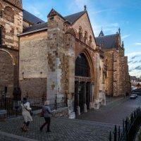 Католический храм Св. Серватия, Маастрихт. Другой ракурс :: Witalij Loewin
