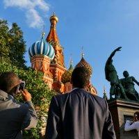 И стояла та церковь такая, что словно приснилась... :: Анатолий Шулков