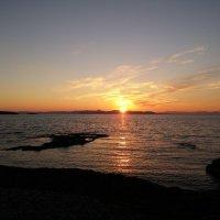 Закат на Средиземном море :: Юлия