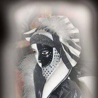 Богиня Планида...как наша жизнь , где черное и белое ...все поровну, все пополам.... :: Tatiana Markova