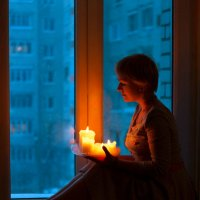 У окна :: Наталья Мячикова