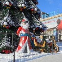 Дед Мороз в городе :: Александр Борисович
