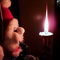 Закончились праздники, догорела свеча... :: Елена