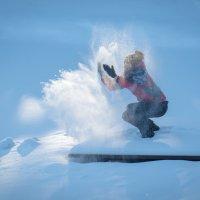 Снег и солнце :: Александр Колесников
