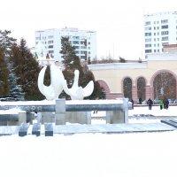 Зимой в парке :: Сергей Кухаренко