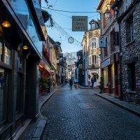 Cozy street :: Alena Kramarenko