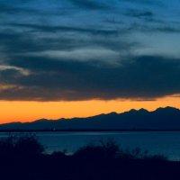 Закат на Иссык-Куле :: GalLinna Ерошенко